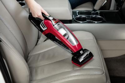 Hoe maak je je auto van binnen schoon als een pro